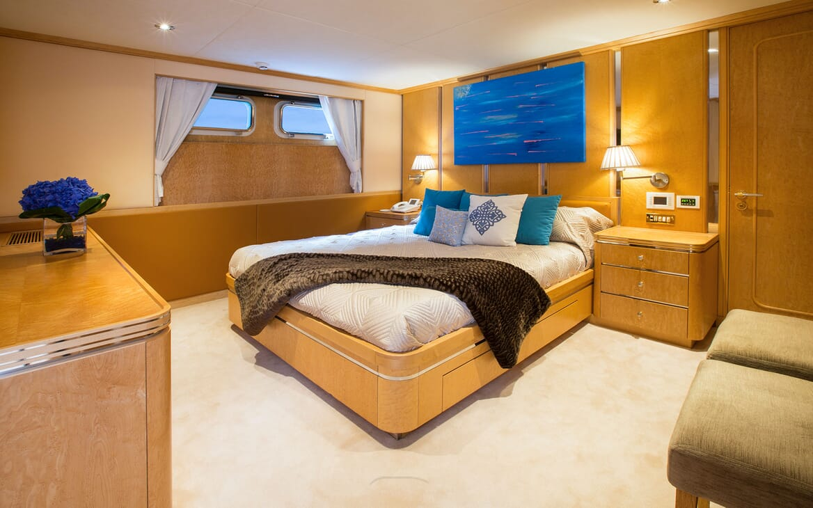 Motor Yacht MQ2 Guest Double Stateroom