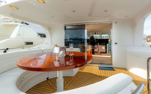 Motor Yacht SEA BREEZE ONE Upper Aft Deck Table