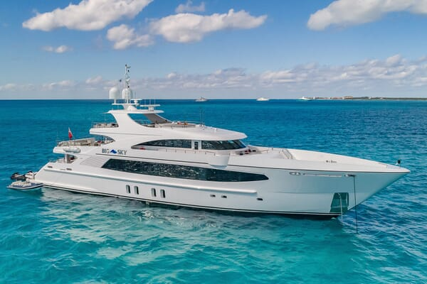 Motor Yacht Big Sky Profile