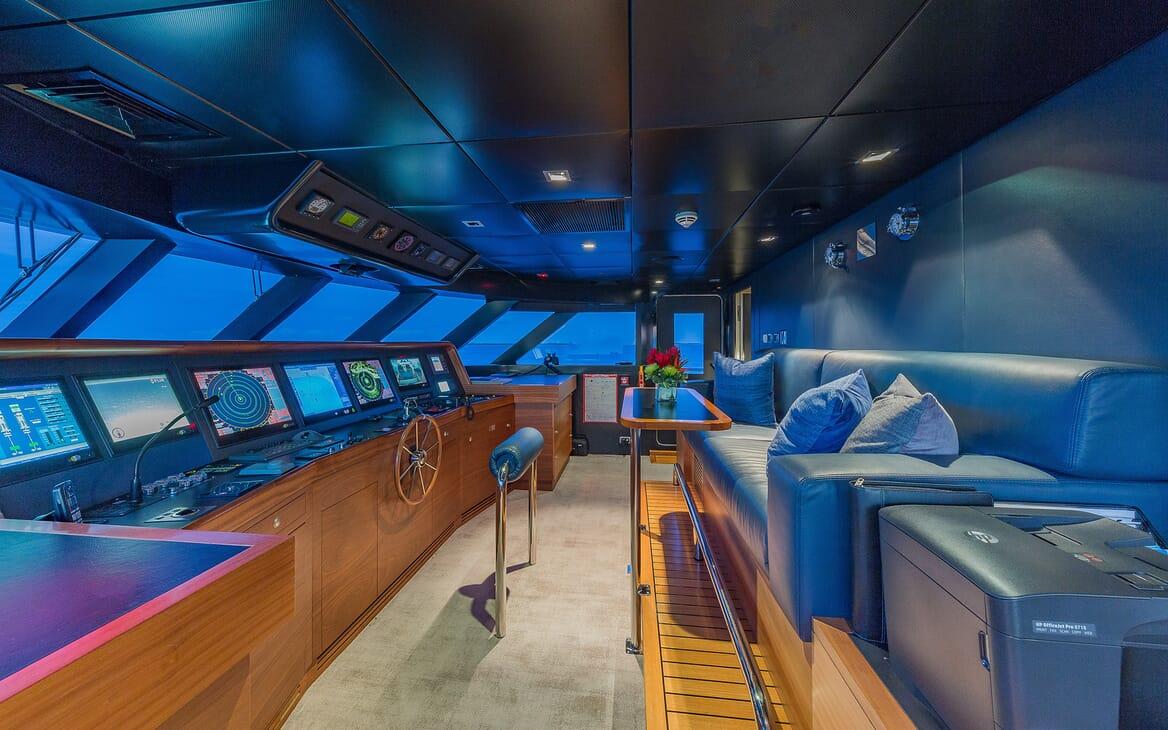 Motor Yacht Big Sky Wheelhouse