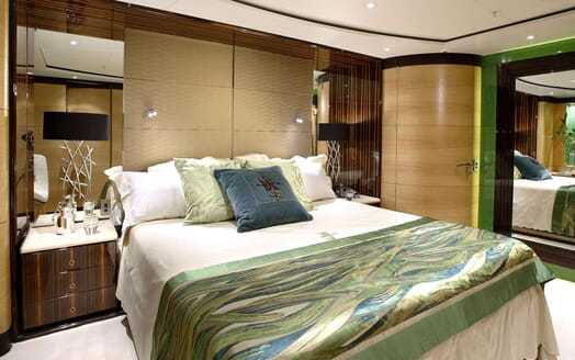 Sailing Yacht Q Double VIP Stateroom