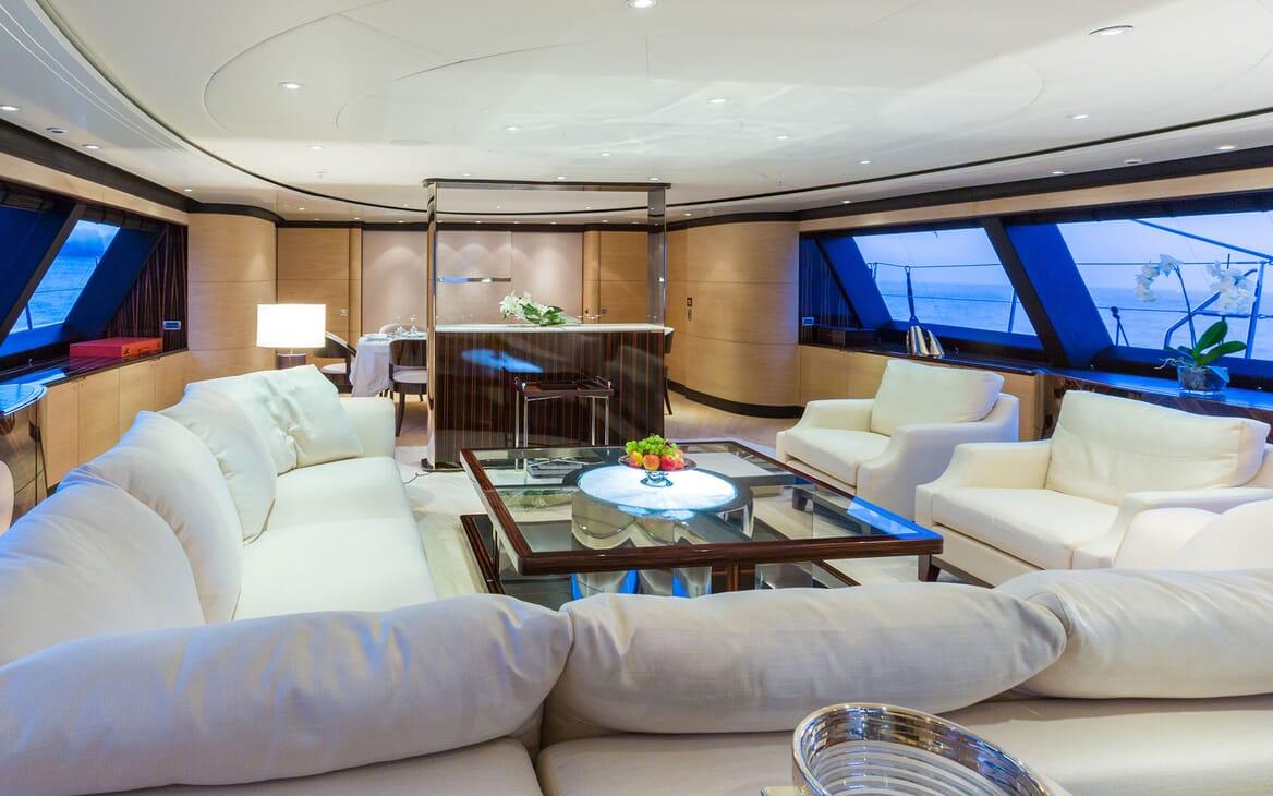 Sailing Yacht Q Main Salon