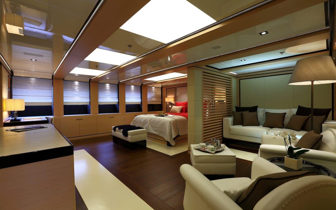 Motor Yacht 2 Ladies master cabin