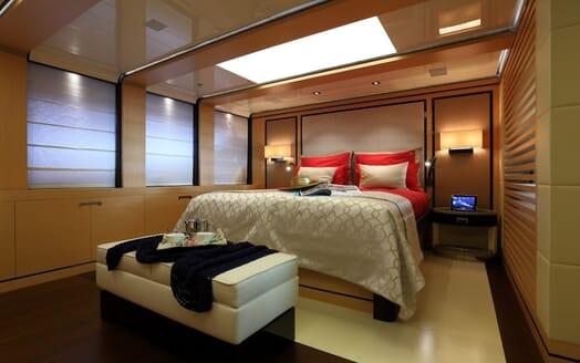 Motor Yacht 2 Ladies master stateroom