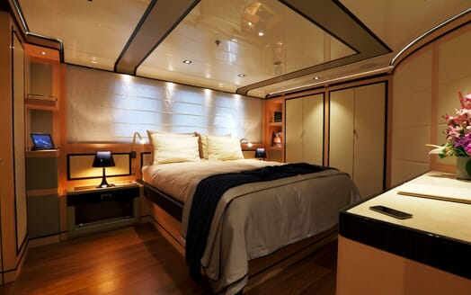 Motor Yacht 2 Ladies guest cabin