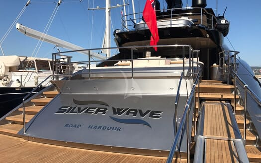 Motor Yacht Silver Wave aft