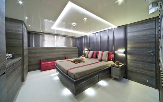 Motor Yacht Toby VIP cabin