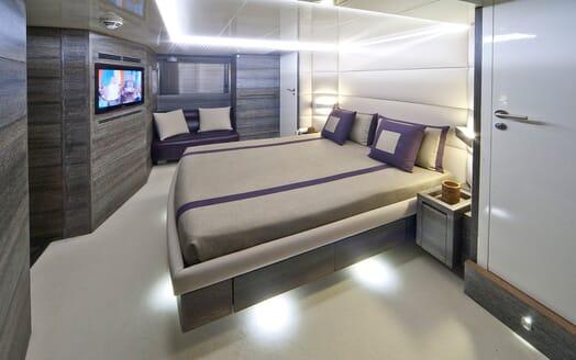 Motor Yacht Toby double cabin