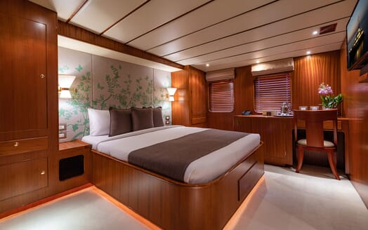 Motor Yacht NORTHERN SUN Guest Double Stateroom