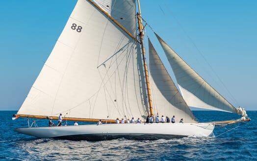 Sailing Yacht Moonbeam of Fife Underway