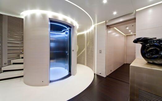Motor Yacht BARAKA Elevator
