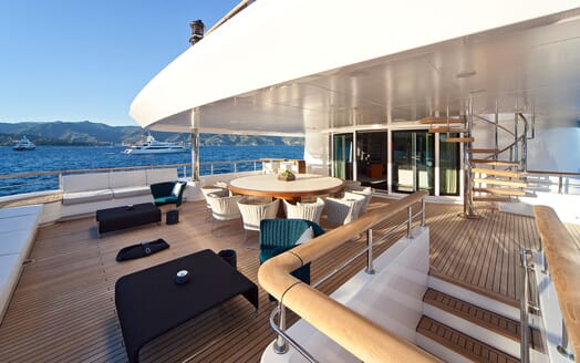 Motor Yacht BARAKA Main Aft Deck Dining Table