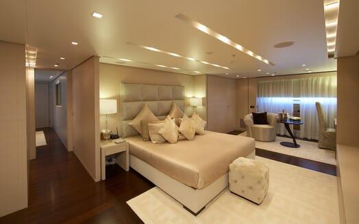 Motor Yacht Burkut master cabin