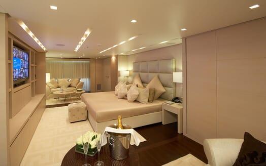 Motor Yacht Burkut master stateroom
