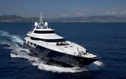 Motor Yacht Burkut cruising