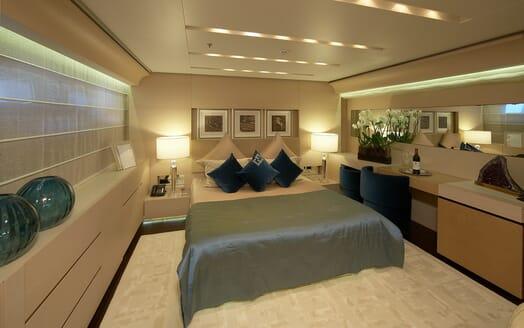 Motor Yacht Burkut VIP cabin