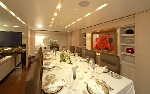 Motor Yacht Burkut dining area
