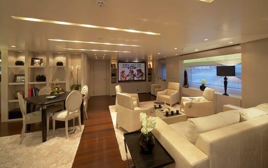 Motor Yacht Burkut living area