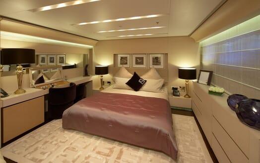 Motor Yacht Burkut guest cabin