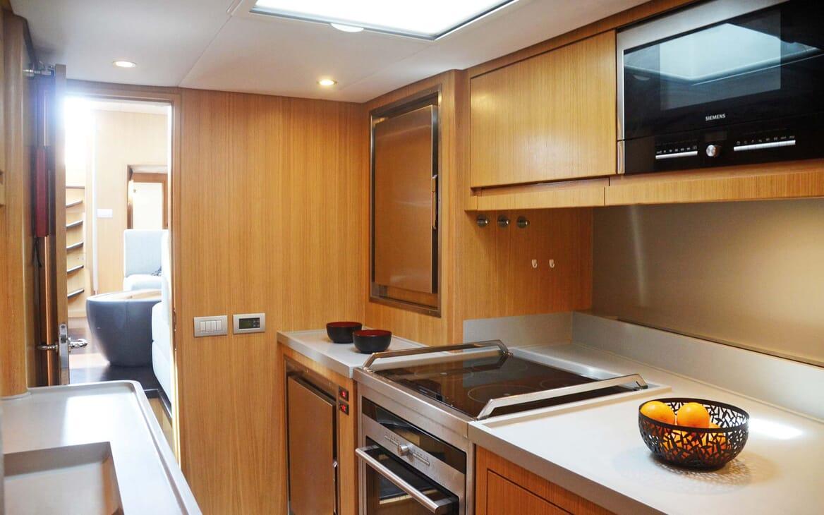Sailing Yacht PH3 galley