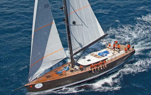 Sailing Yacht PH3 cruising