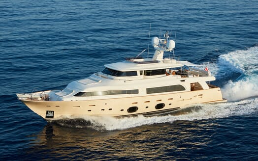 Motor Yacht Deva running shot