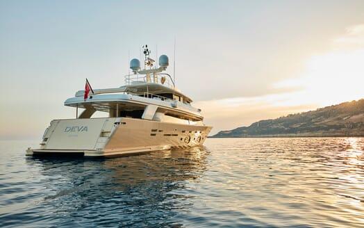Motor Yacht Deva exterior