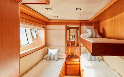 Motor Yacht Deva cabin