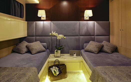 Motor Yacht MAGIX Twin Guest Stateroom