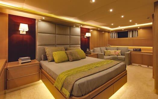 Motor Yacht MAGIX Master Stateroom