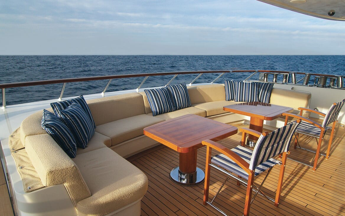 Motor Yacht Lady Dee aft seating