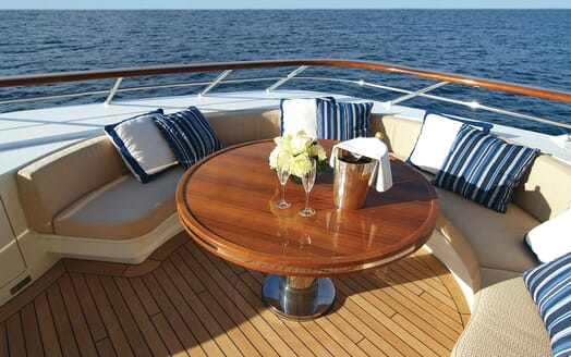 Motor Yacht Lady Dee outdoor seating area