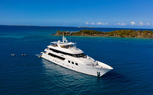 Motor Yacht PURE BLISS Profile