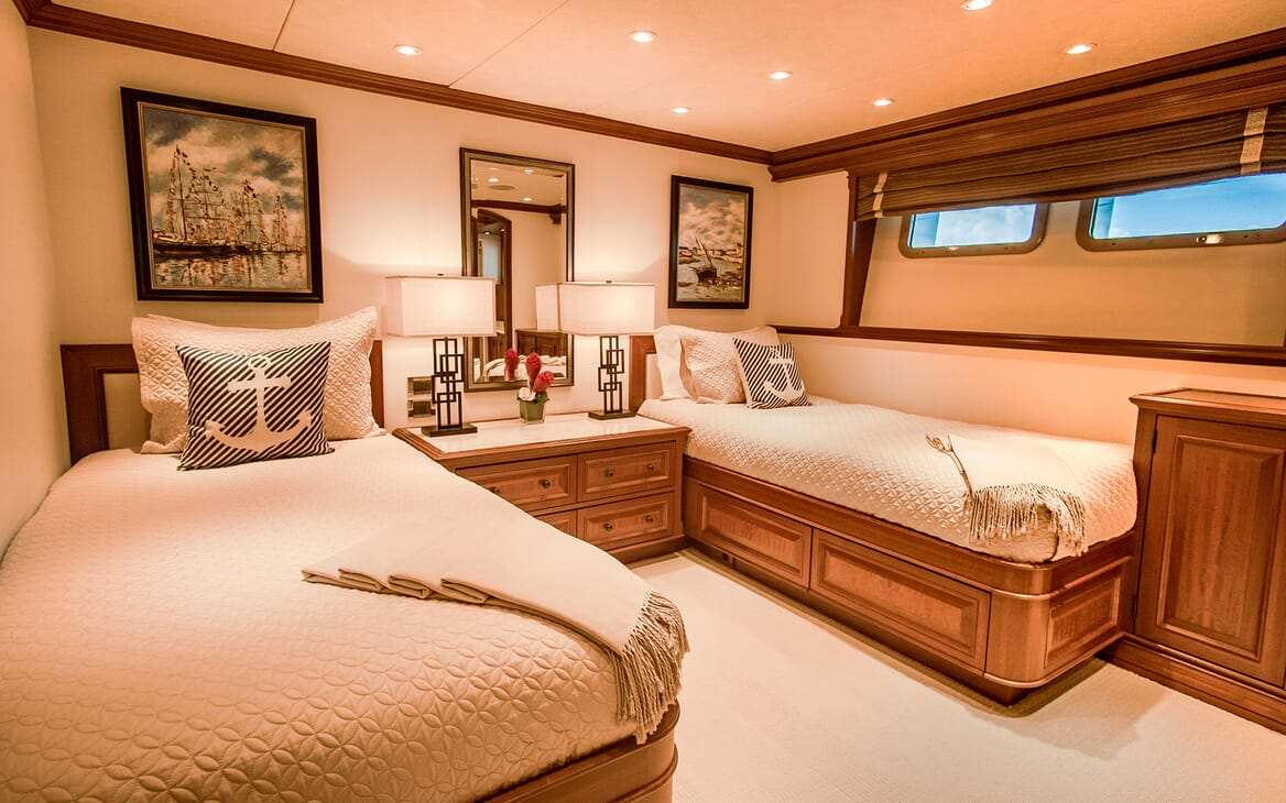 Motor Yacht PURE BLISS First Twin Stateroom
