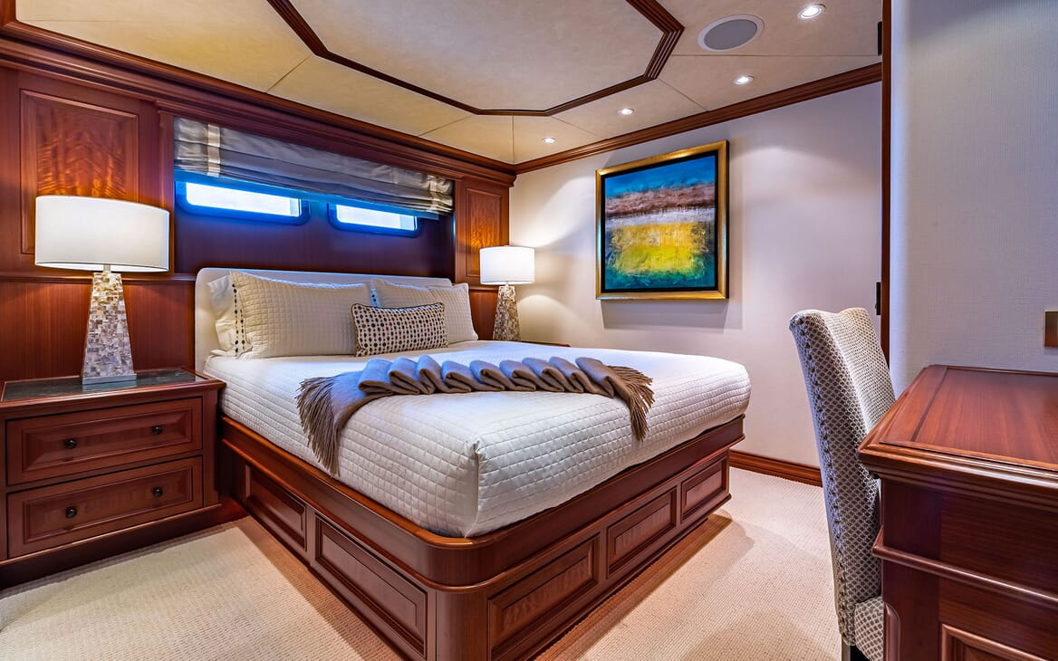 Motor Yacht PURE BLISS Third Double Stateroom