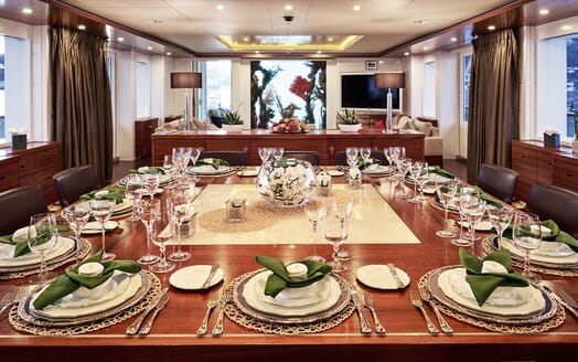 Motor Yacht NASSIMA Main Deck Dining Table