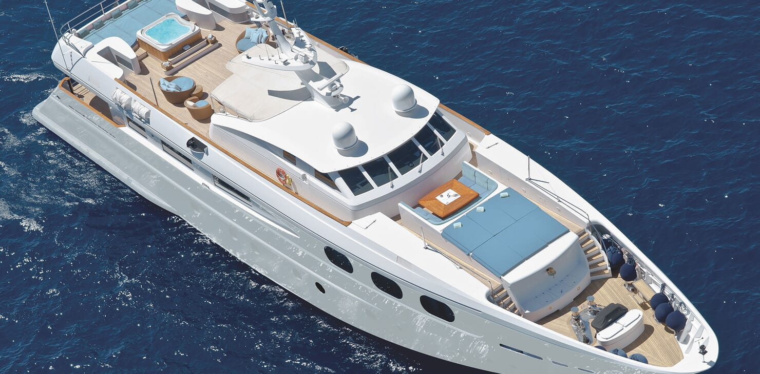 Motor Yacht SOPHIE BLUE Exterior