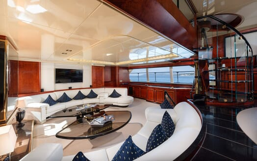 Sailing Yacht Lady Sunshine living area