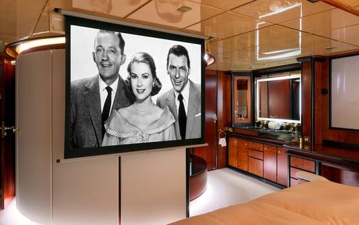 Sailing Yacht Lady Sunshine master cabin