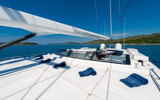 Sailing Yacht Lady Sunshine foredeck
