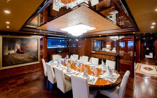 Motor Yacht Bash dining area