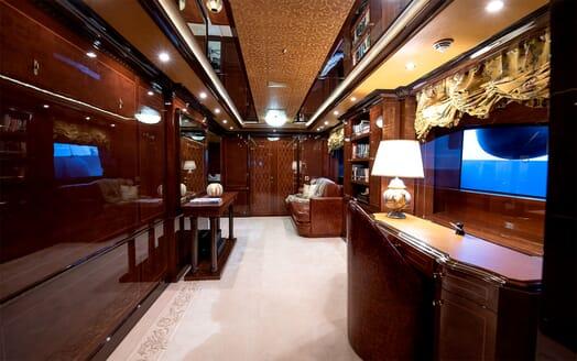 Motor Yacht Bash interior design