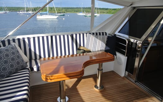 Sailing Yacht Seaquell outdoor seating