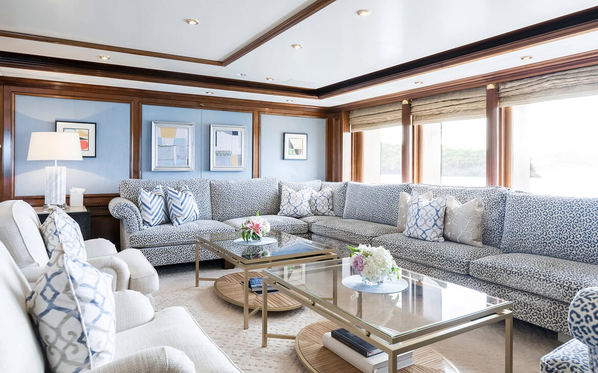 Motor Yacht Titania sky lounge