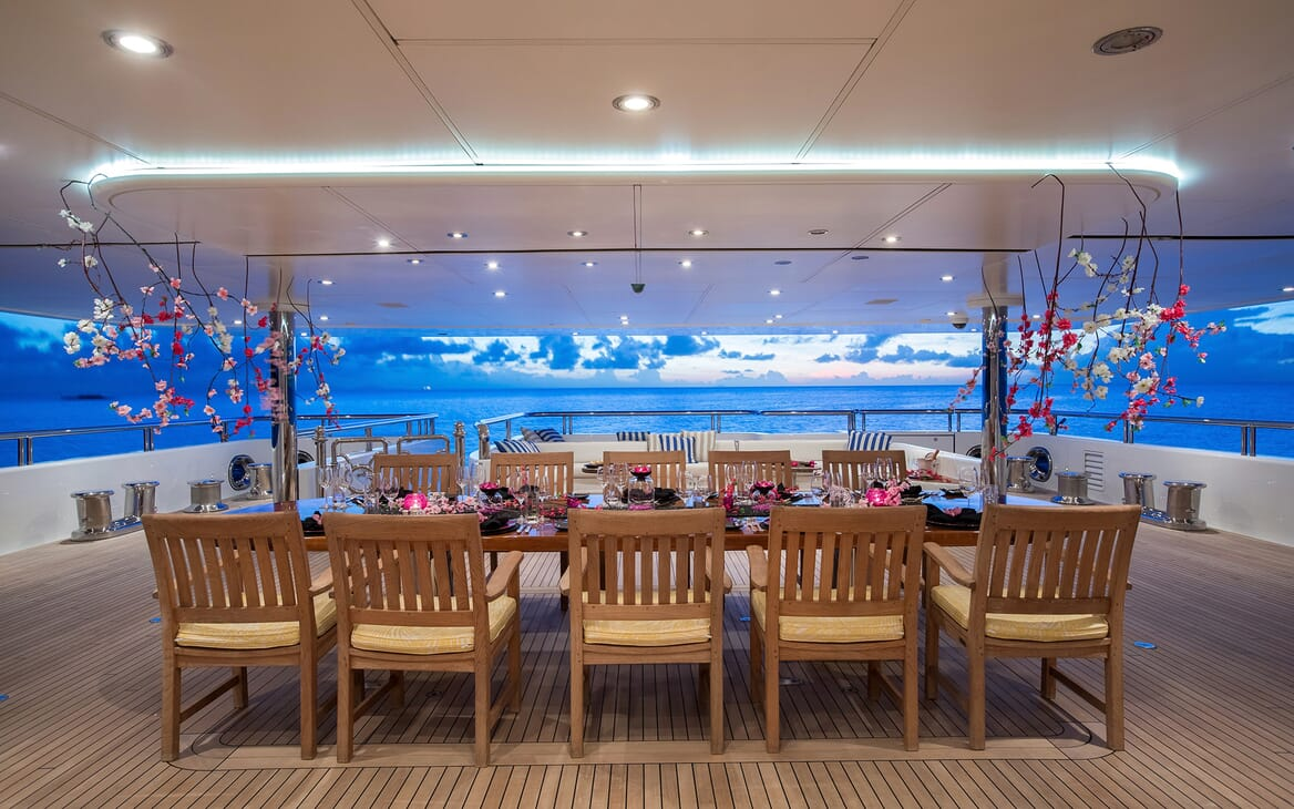 Motor Yacht Titania al fresco dining