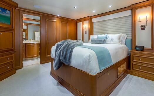 Motor Yacht M3 VIP cabin