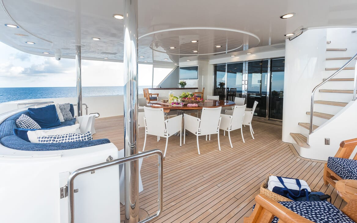 Motor Yacht ALL IN Main Aft Deck Dining Table