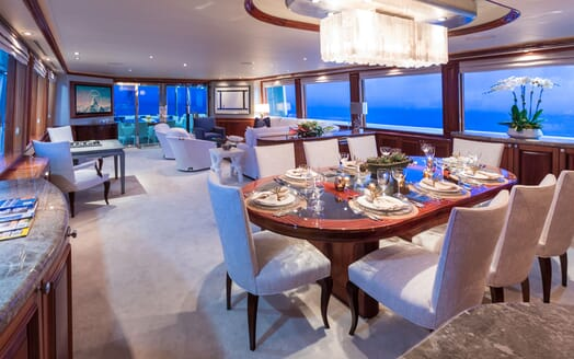 Motor Yacht ALL IN Dining Table