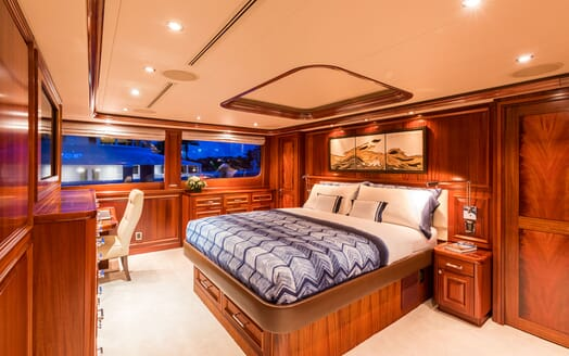 Motor Yacht ALL IN Master Stateroom