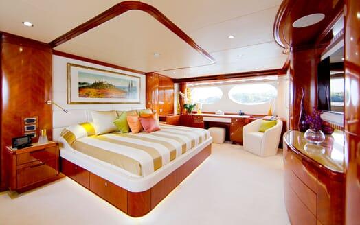 Motor Yacht MARINA WONDER Master Stateroom